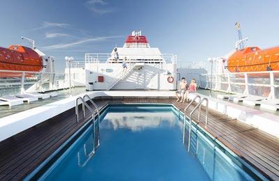 A bordo de un ferry Trasmediterránea
